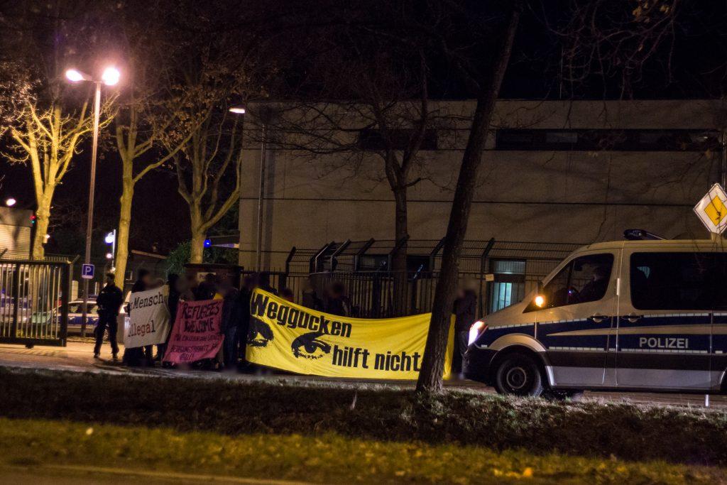 Kundegebung gegen Abschiebungen nach Marokko aus Bremen